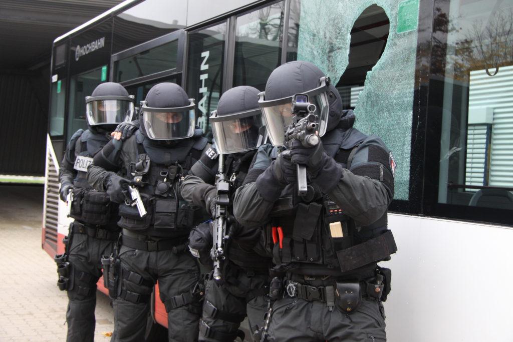 intervention policière tuerie de masse - AMOK